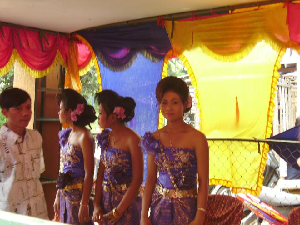 Bridesmaids at Cambodian wedding
