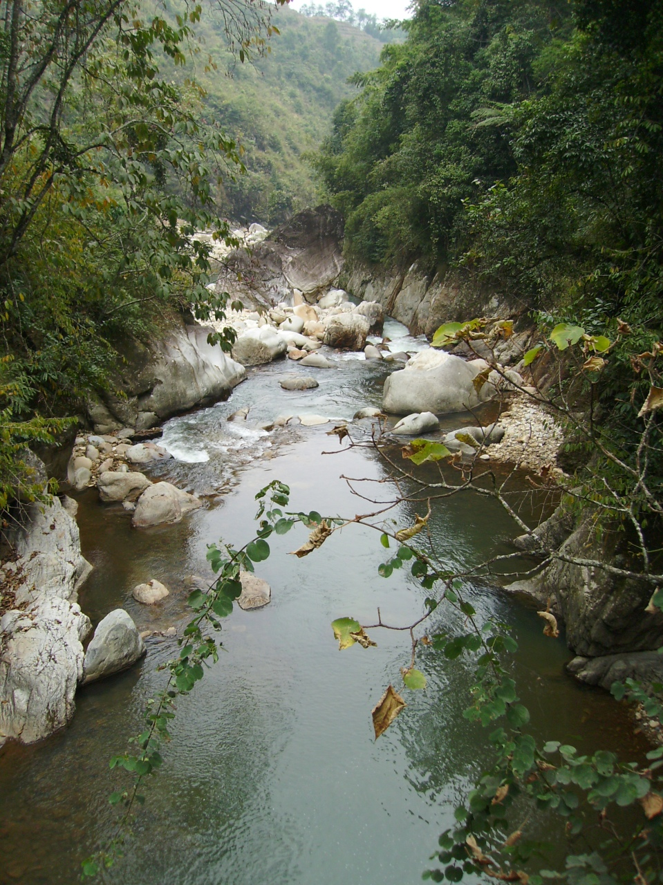 river flowing through a village close to Sapa